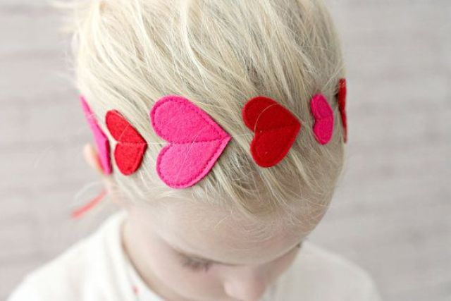 ee7c86d2854 ... accessories by your hands and your daughter will help you. We are sure  that it will develop her motor skills and teach to form her own style.