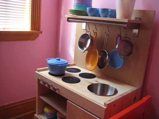 10 cool diy ikea play kitchen hacks kidsomania - Ikea cocinas accesorios ...