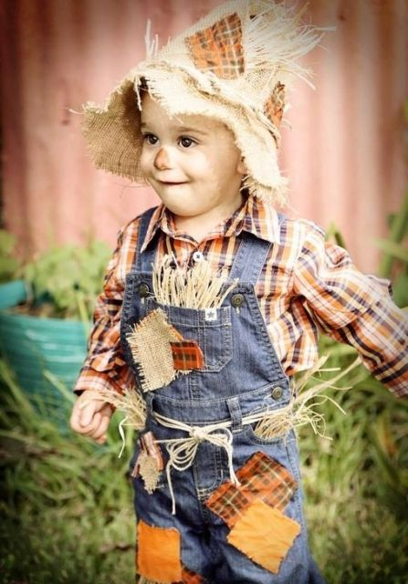 We have a massive selection of costumes for boys to choose from in various sizes from toddler to teenager. There's nothing more exciting for a child than taking on the role of their favorite character or any classic Halloween look with our boy's costumes.