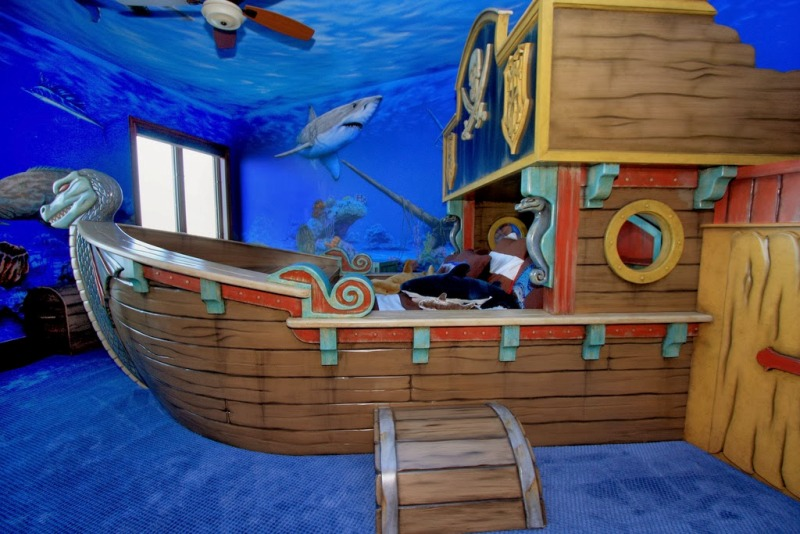25 cool pirate themed kids room design ideas kidsomania rh kidsomania com pirates kids room escape Ryan's Room Pirate Ship