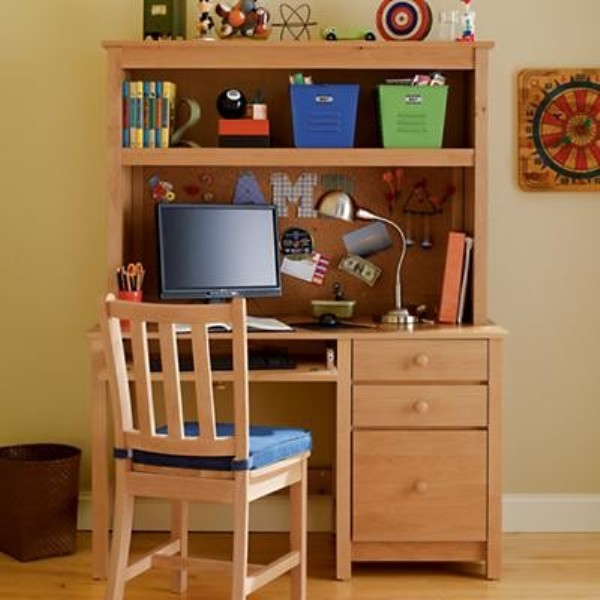 25 Ideas To Create Practical Desk Spaces For Kids Kidsomania