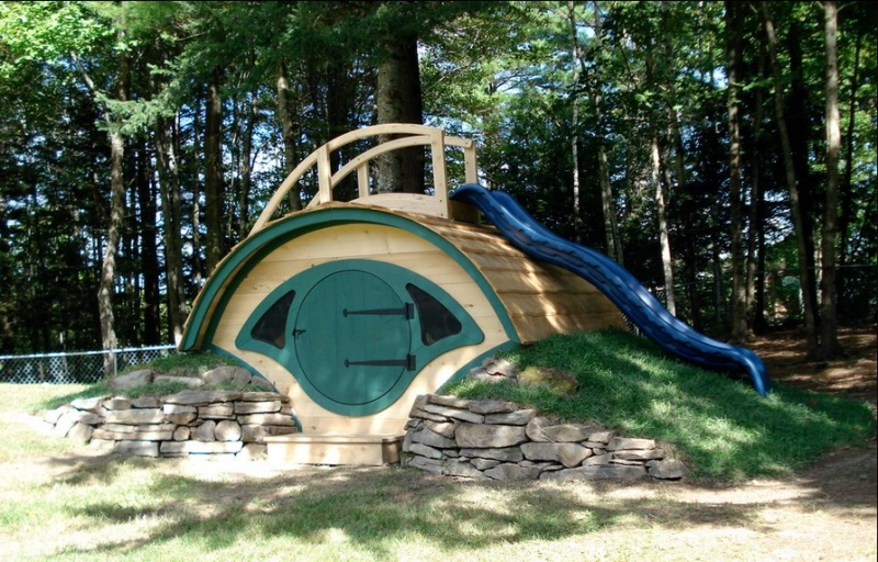 30 Cool Outdoor Play Sets For Kids' Summer Activities ...