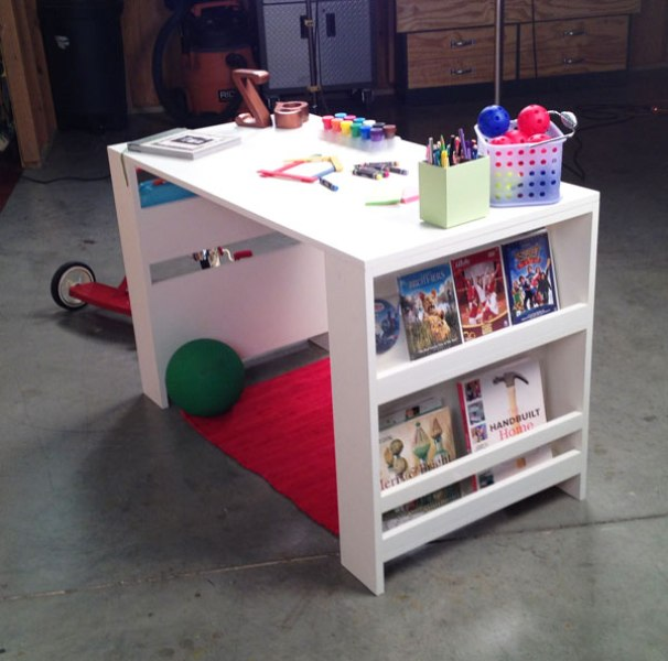 Kids Desk with Storage 606 x 600