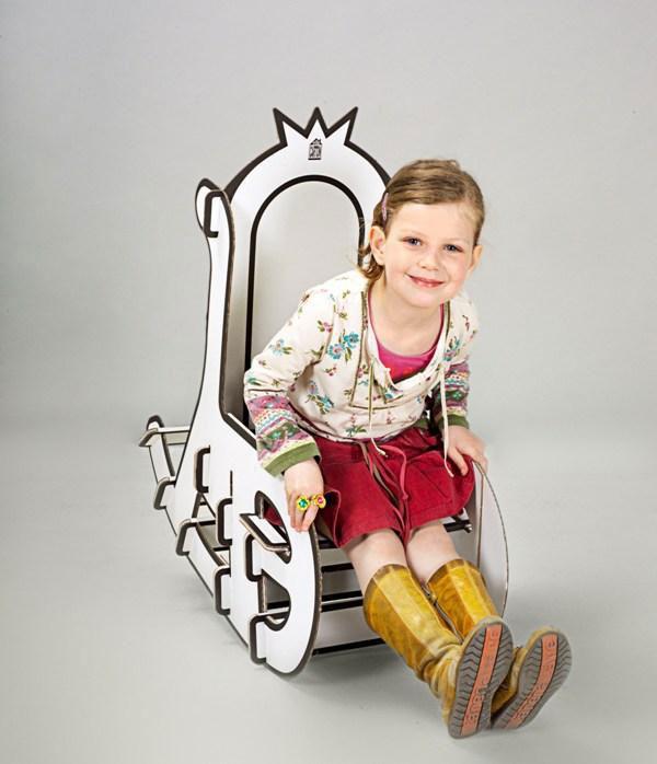 Cool cardboard rocking chair from villa carton 2