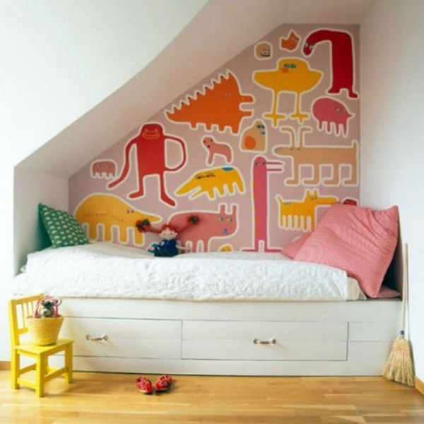9 cool ideas for kids playing area under the stairs for Kids bed with play area