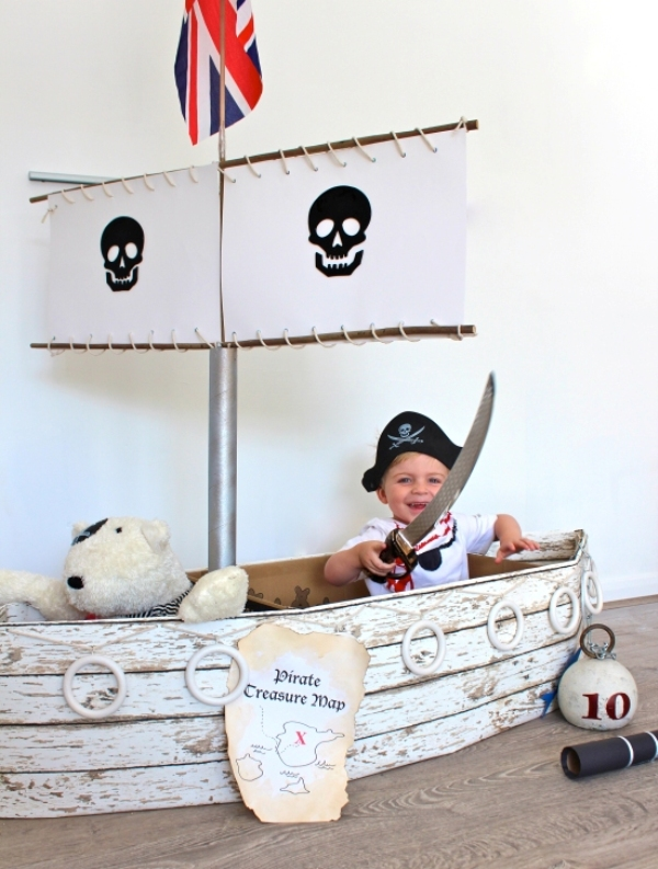 Cool Pirate Ship Playing Area For Your Kid S Room