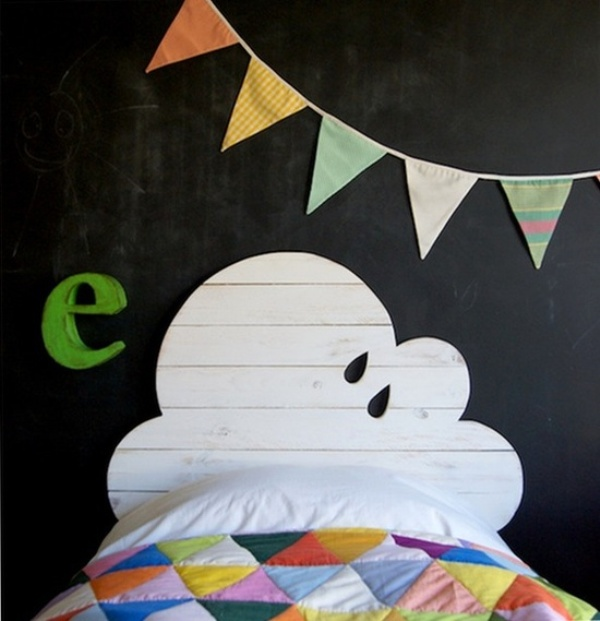 7 cute kids bed headboard designs kidsomania - Tete de lit en forme de coeur ...