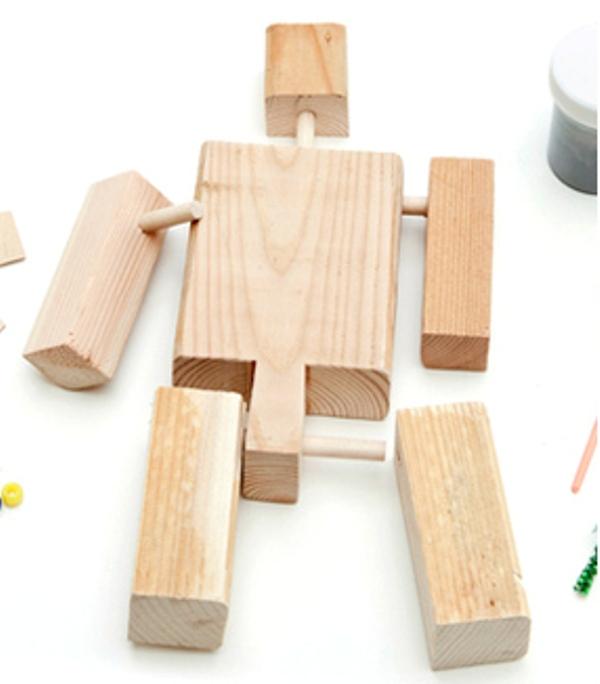 DIY Wood Robot-Transformer Kit | Kidsomania