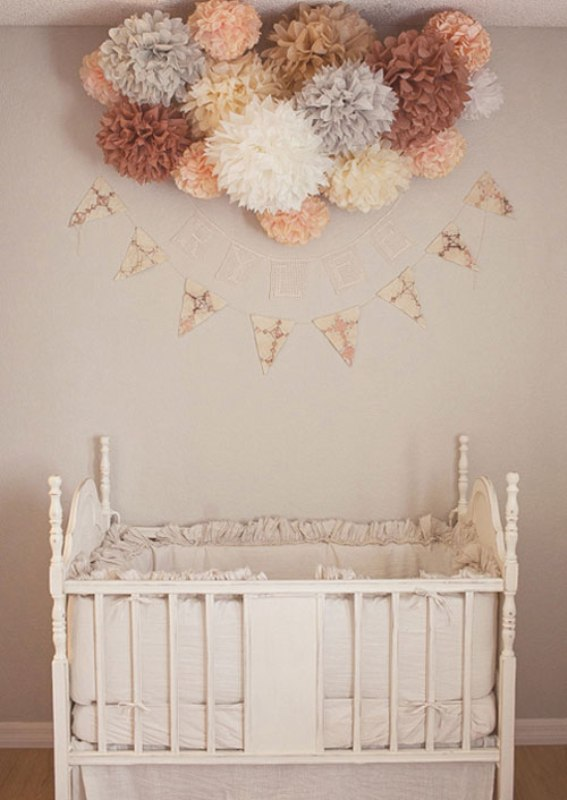 12 Ideas To Decorate A Nusery Room With Mobile Paper