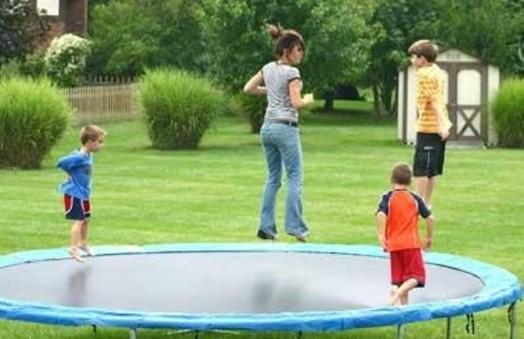 18 Everyday Summer Outdoor Activities For Kids Kidsomania