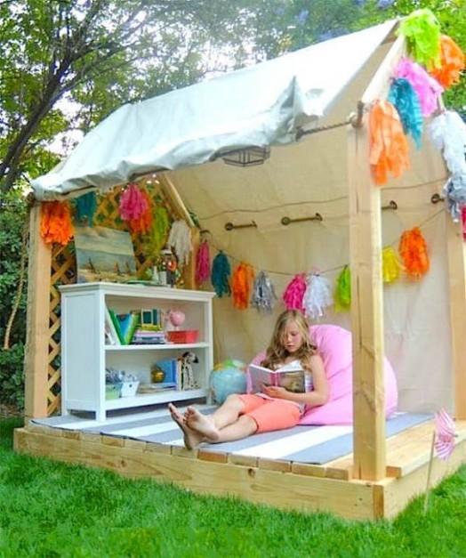 Favorite kids outdoor playhouse 2 524x627
