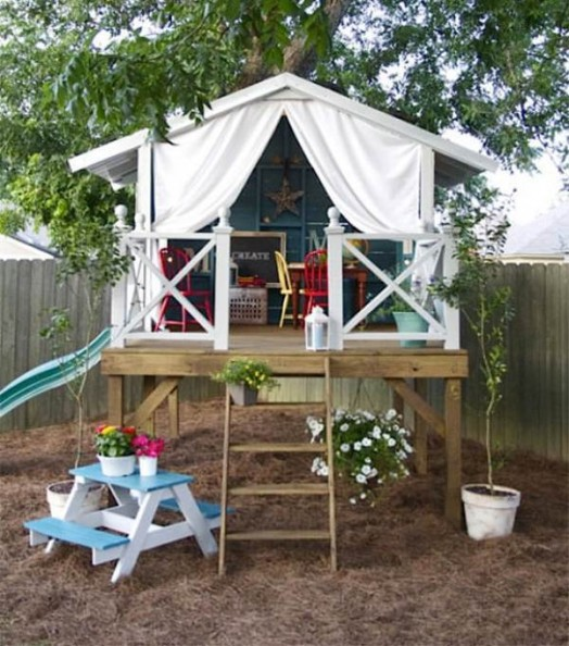 Awesome Backyards With Pools: 15 Super Awesome Kids Outdoor Playhouses