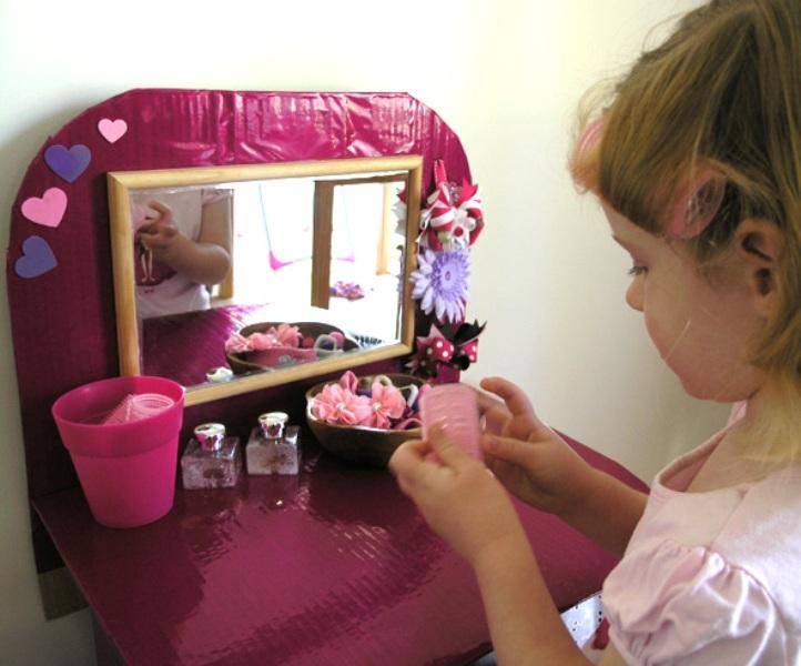 Diy Kids Dressing Table From Cardboard Kidsomania
