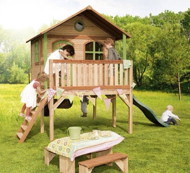 8 cool ideas for summer kids playgrounds kidsomania for Maison de jardin enfant