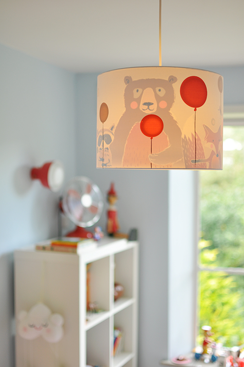 sweet miracle lamp for a kid s room kidsomania. Black Bedroom Furniture Sets. Home Design Ideas