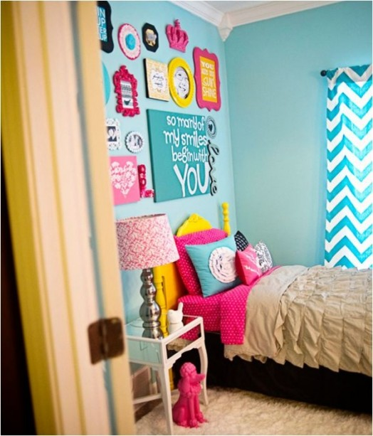 A Bright Bedroom Design For Your Teenage Girl