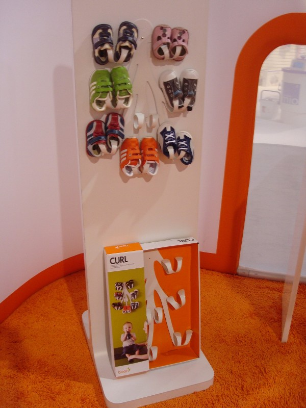 Awesome Curl Baby Shoe Rack Kidsomania