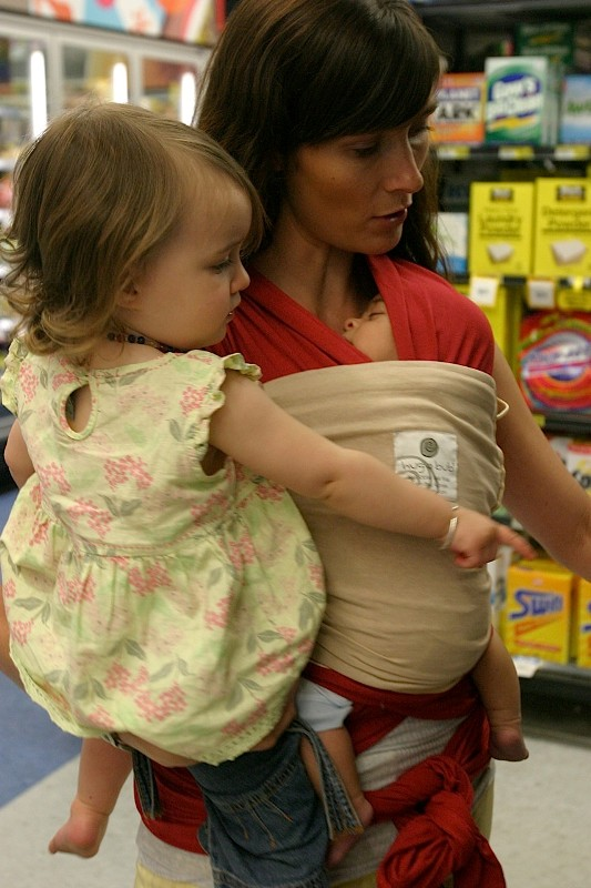 Comfy Babywearing With Hug A Bub Carriers Kidsomania