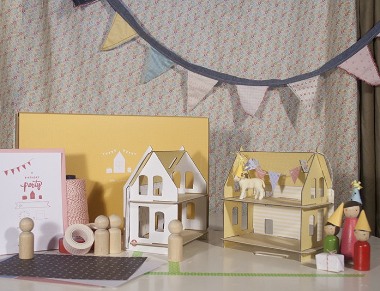 Customizable And Eco Friendly Miniature Lille Huset