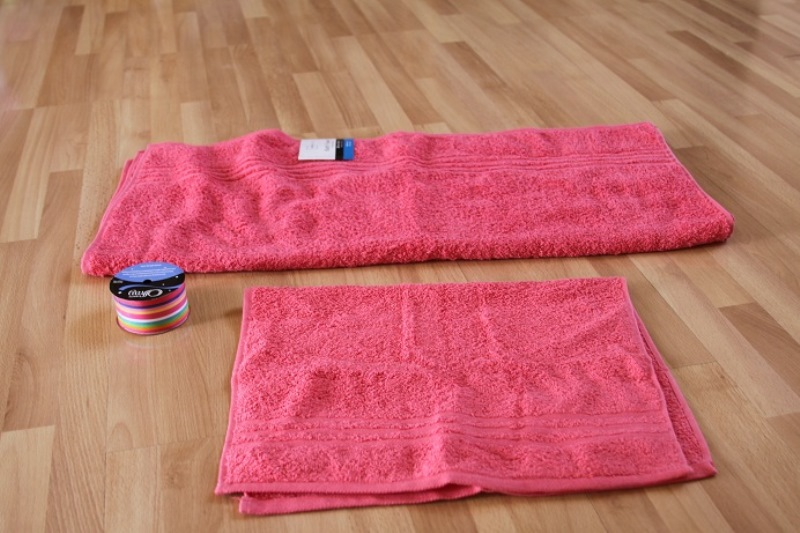 cute diy large sized hooded towel for your kid