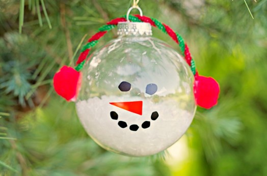23 Cool DIY Christmas Tree Decorations To Make With Kids