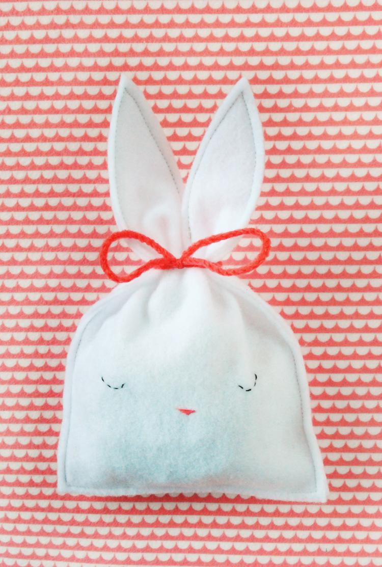 10 easy and cute diy easter treat bags kidsomania 10 easy and cute diy easter treat bags negle Images