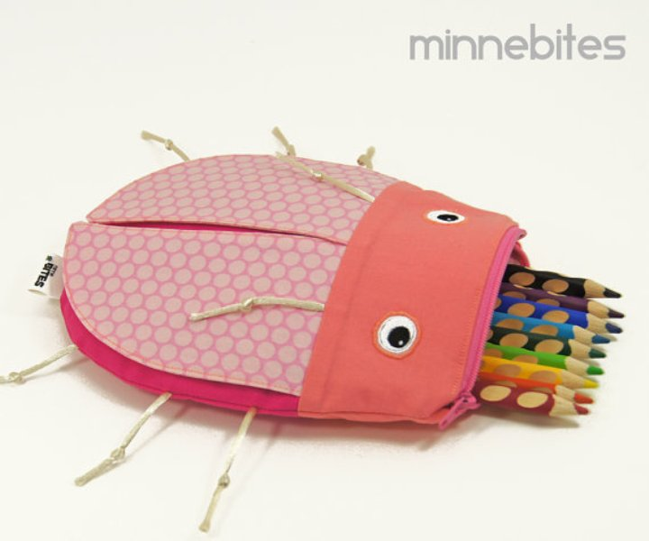 handmade bags and pencil cases from minne bites
