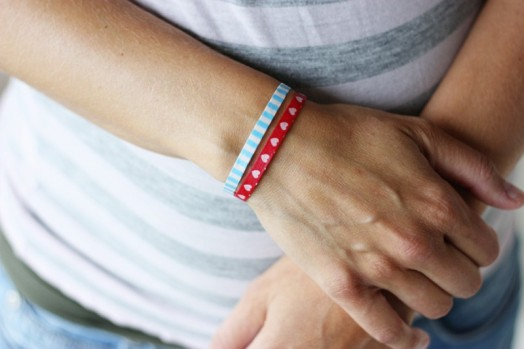 Incredibly simple and cute diy washi tape bracelets 1 524x349