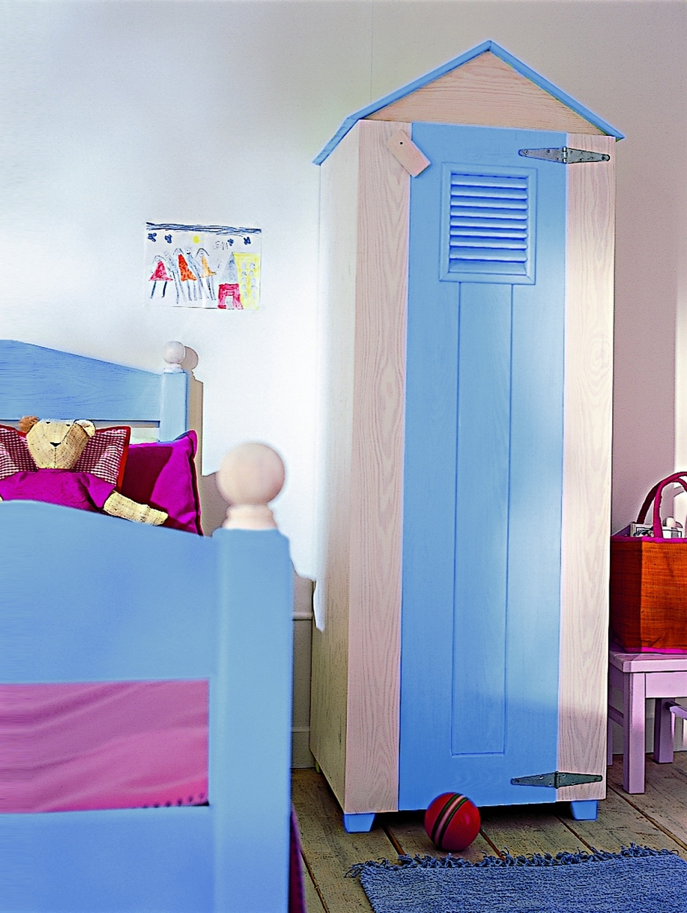 Most Of Them Are Light Colored And Very Neat So They Would Be Great For Kids  Of All Ages. Check Out 10 The Most Cool Cabinets By The Company.