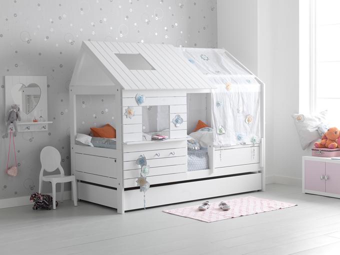 Awesome Lifetime Kids Beds Looking Like Houses Kidsomania