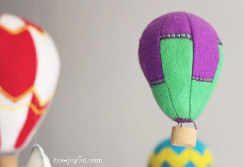 Fresh Lovely DIY Felt Hot Air Balloon Mobile
