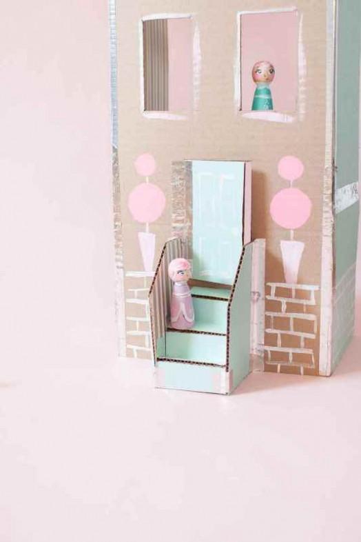 Sweet And Easy Diy Cardboard Dollhouse To Make Kidsomania