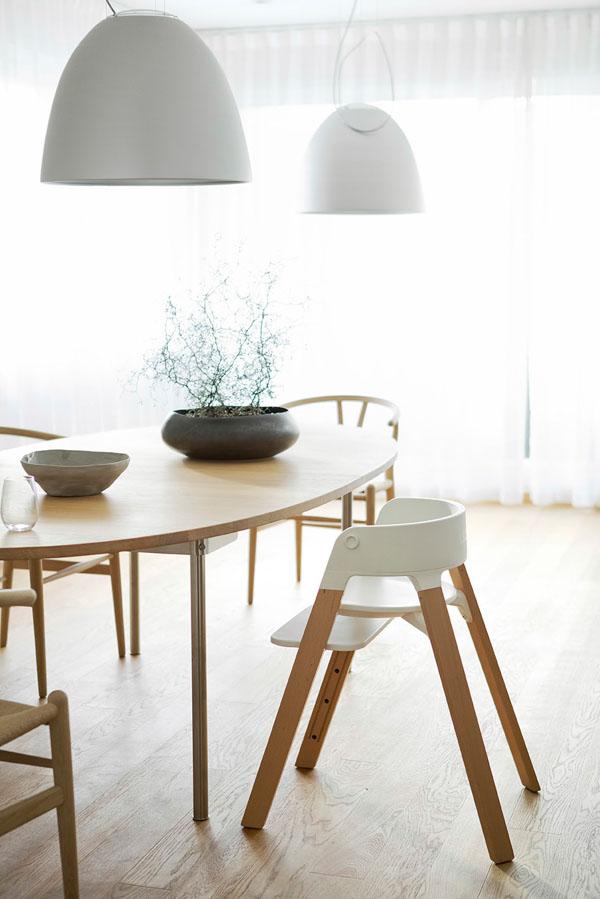 versatile and comfy stokke steps baby chairs kidsomania. Black Bedroom Furniture Sets. Home Design Ideas