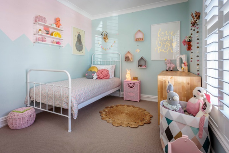 Very Lovely And Charming Pastel Girl S Bedroom Design